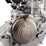 47727_FC_450_MY19_Engine-Right